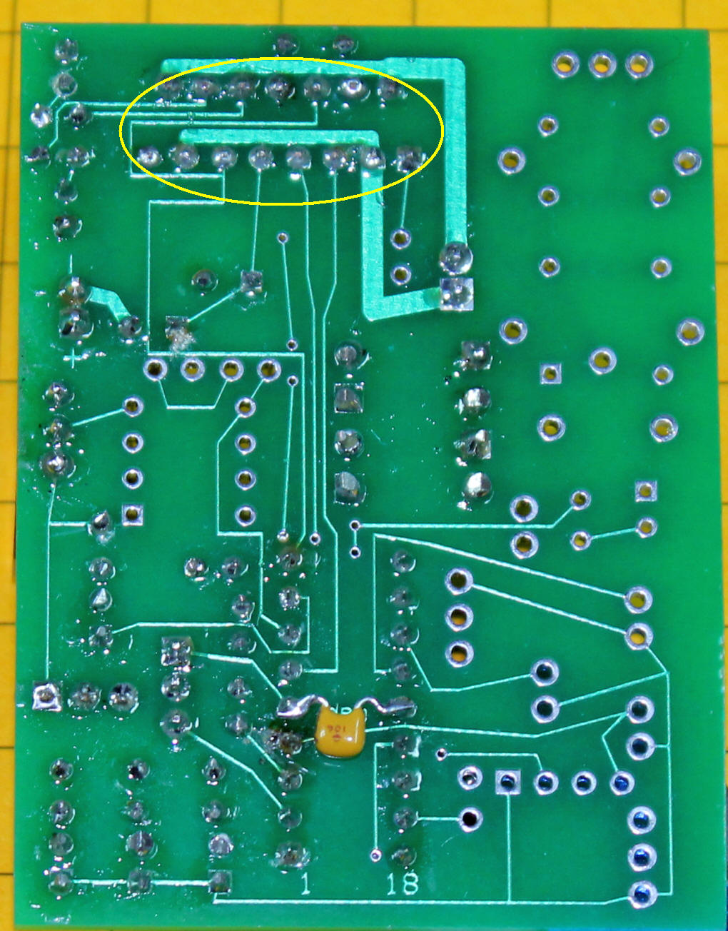 Picaxe Model Railroad Speed Controller Locomotive Infrared Circuit Electronic The Last Small Capacitor Goes On Back Of Board Between Pins 5 And 14 Cut Its Leads Before Inserting Soldering To
